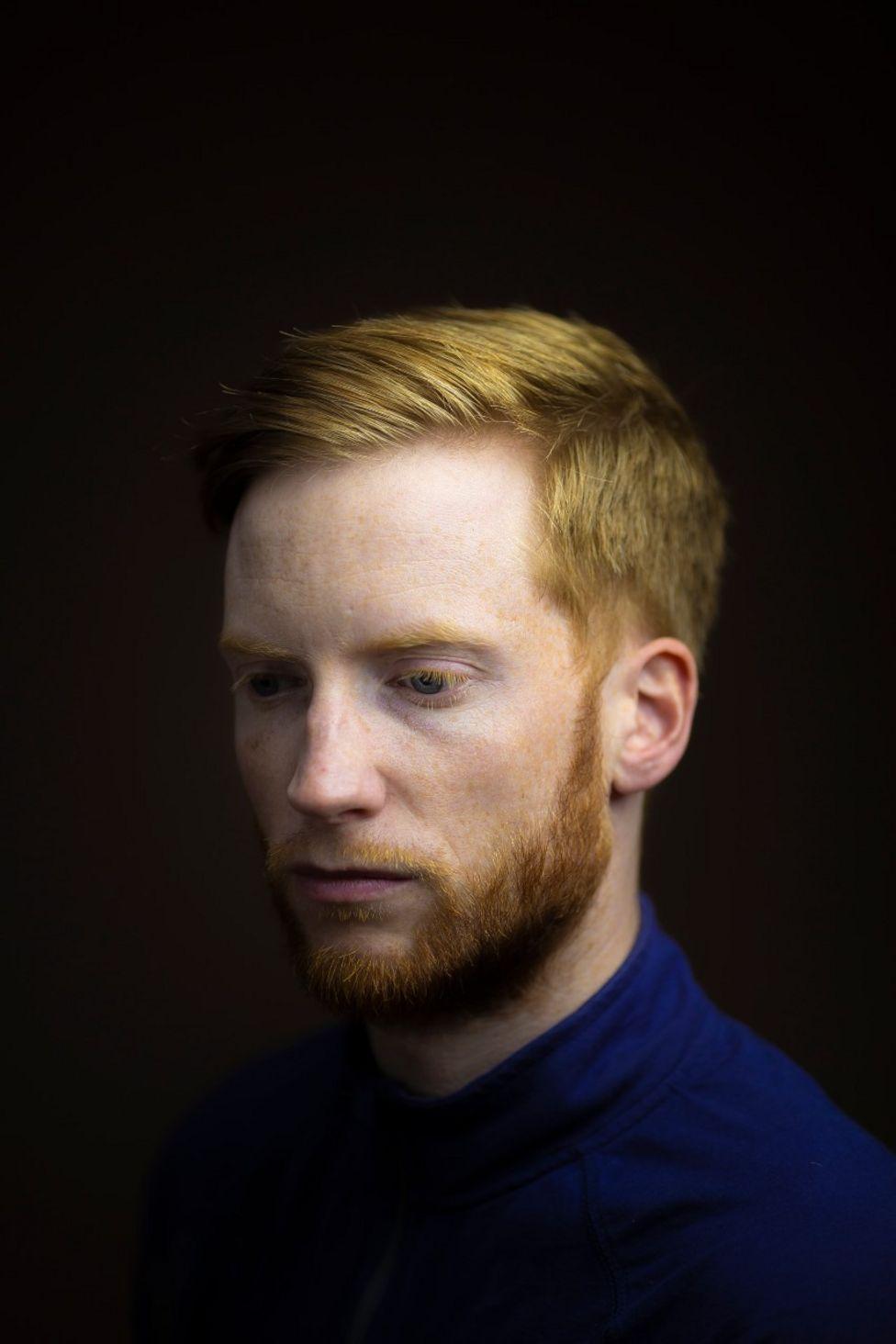 O fotógrafo Kieran Dodds quis mostrar as conexões ao redor do mundo de pessoas com cabelos ruivos